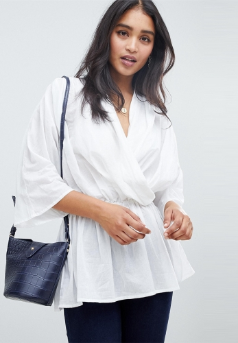 V tie pleated waist and kimono five-point shirt