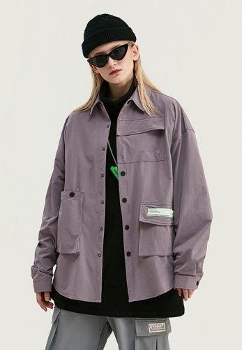 Solid color retro personality three-dimensional pocket loose windbreaker shirt