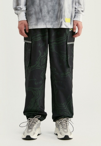 Personalized reflective print multi-pocket camouflage beam casual pants