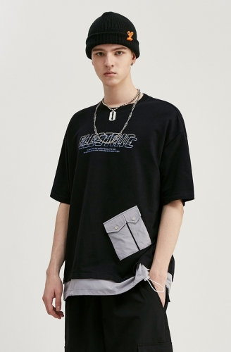 Pocket panel fake two pieces of English printed short sleeve